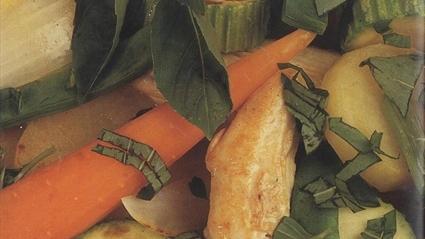 Sebzeli Tavuk Yahnisi